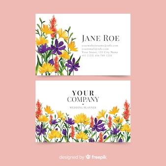 Элегантный акварельный цветочный шаблон визитной карточки