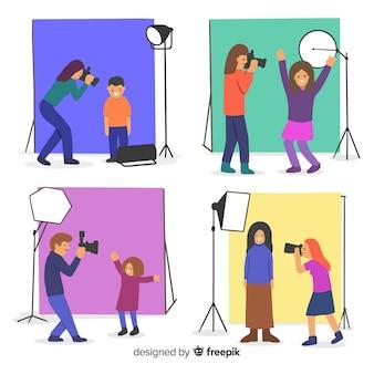 カメラを操作するカメラマン