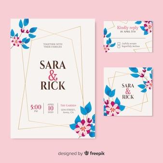 ピンクの背景の美しい結婚式の招待状