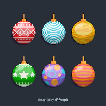 さまざまな色のフラットクリスマスボール