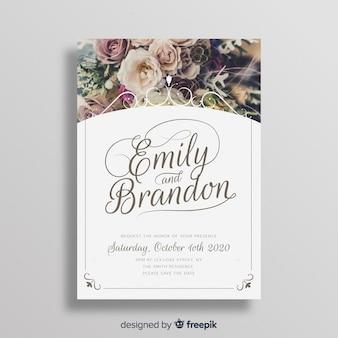 Декоративный шаблон свадебного приглашения с изображением