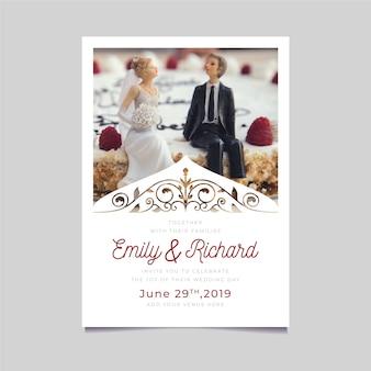 写真付きの結婚式の招待状のテンプレート