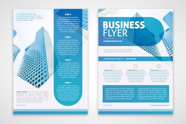ブルーの色調でビジネスチラシテンプレート