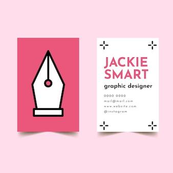 Графический дизайнер с шаблоном визитной карточки