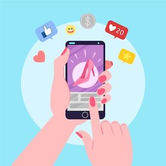 Женщина смотрит на свой телефон для онлайн-маркетинга