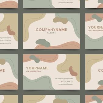 Абстрактный окрашенный шаблон визитной карточки с органическими формами
