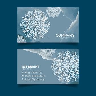 Шаблон визитной карточки с концепцией мандалы
