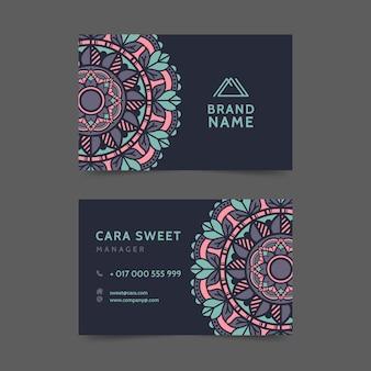 Шаблон визитки с темой мандалы