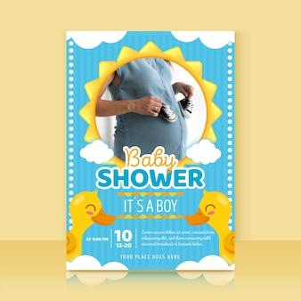 写真とベビーシャワーの招待状のテンプレート