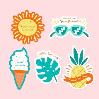 Сезонный плоский дизайн летней коллекции этикеток