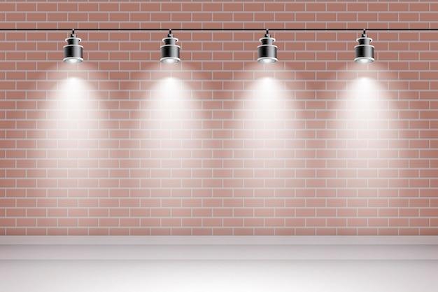 Кирпичная стена с фоном прожекторов
