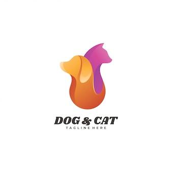 動物のペットの犬と猫のロゴ