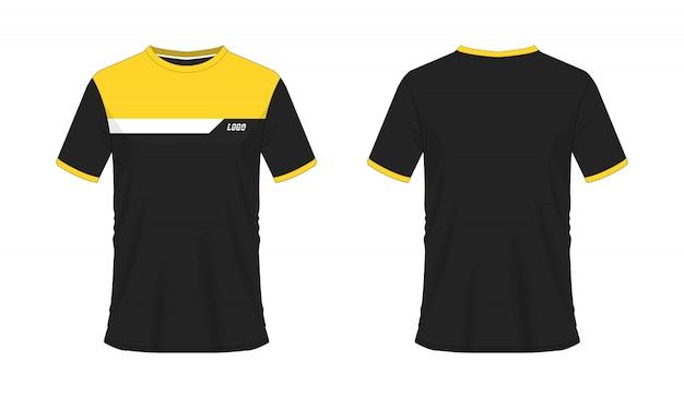 Футболка желтого и черного цвета с изображением футбола или футбола