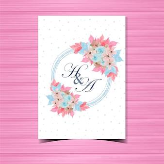 美しい手で青いバラを描いた花の結婚式招待状バッジ