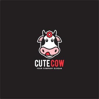 かわいい牛のロゴ