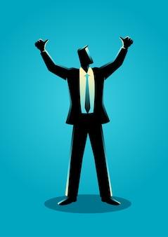 Бизнесмен поднимает руки