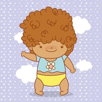 かわいい髪とおむつを持つ赤ちゃん
