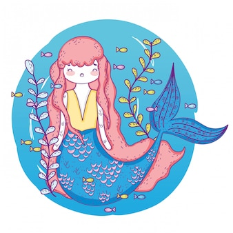 Русалка женщина с растениями оставляет под водой