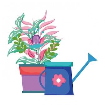 観葉植物と庭のかわいいスプリンクラー