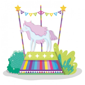 娯楽を見せるための馬の動物のいるサーカス