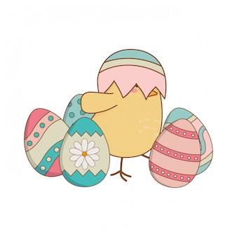 Маленькая цыпочка с пасхальным яйцом