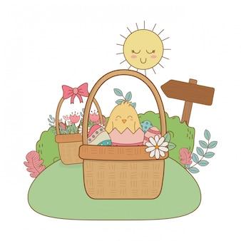 Маленький птенец с яйцом разбитый в саду пасхальный персонаж