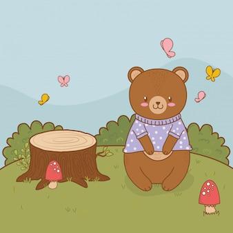 Милый медведь в поле лесного персонажа