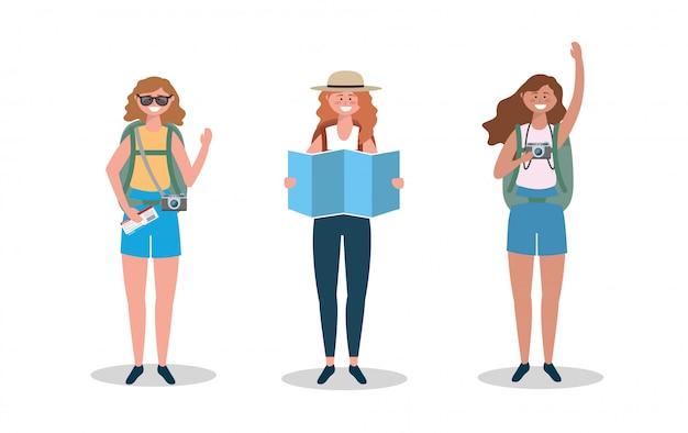 地球地図とサングラスと帽子を着ている女性のセット