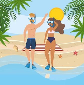Женщина и мужчина в купальных шортах и купальнике с маской для снорклинга