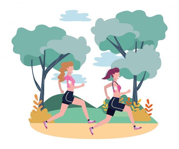 Женщины бегут со спортивной одеждой