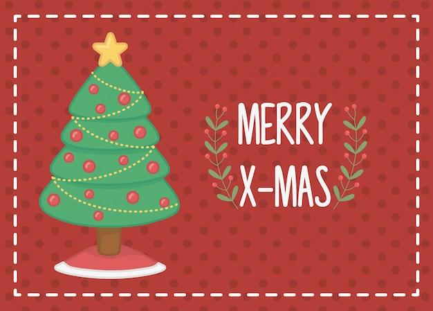 Украшенная елка с красными шарами веселая рождественская открытка
