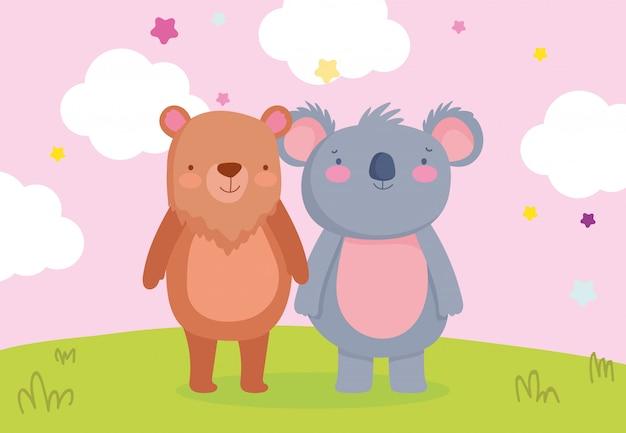 フィールドで一緒にかわいい小さなクマとコアラ