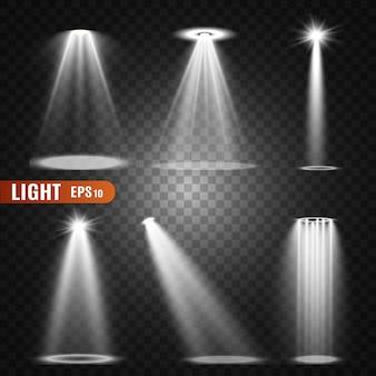 舞台照明、透明効果のコレクション。スポットライト付きの明るい光。