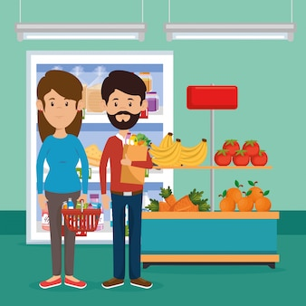 Пара с продуктами в супермаркете