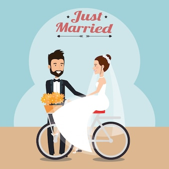 Просто семейная пара в велосипедных персонажах