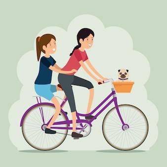 Женщина друзья езда на велосипеде
