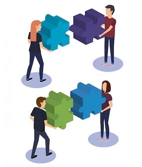Взаимодействие людей с кусочками головоломки