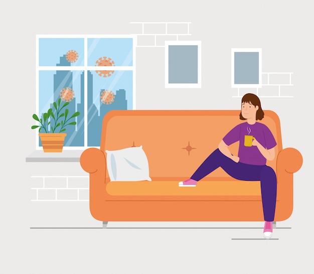 Кампания остаться дома с женщиной в гостиной, пить кофе