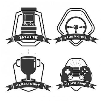 フラットスタイルのビデオゲームに関連するオブジェクトのセット