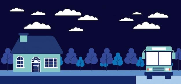 Ночной дом на деревьях, автобусная остановка