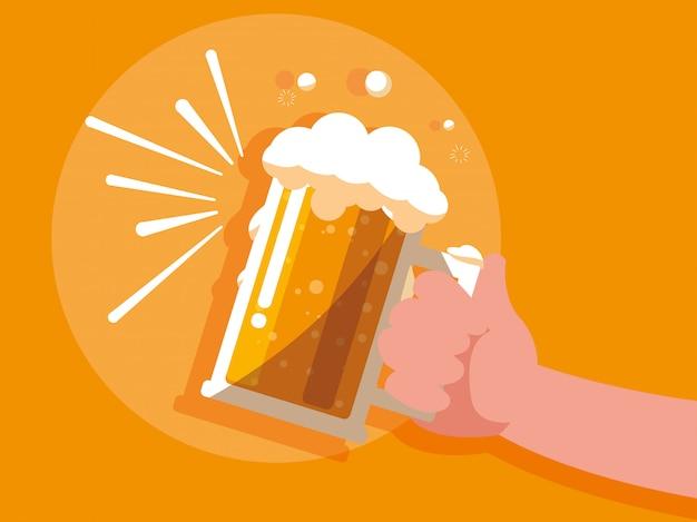 ビールの瓶を持つ手は、アイコンを分離