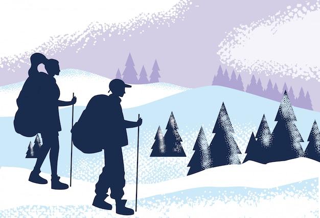 雪景色の自然シーンのカップル旅行者