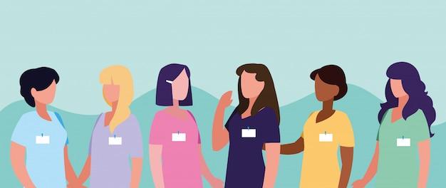 Группа врачей женская с форменной одеждой