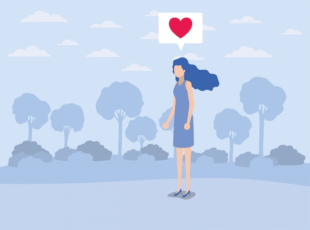 キャンプのスピーチバブルで心の若い女性