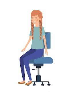 オフィスの椅子に座っている女性アバター文字