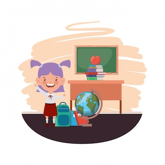 教室で学用品を持つ学生の女の子