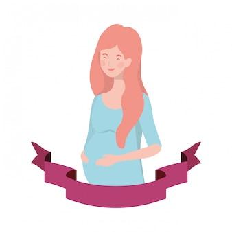 装飾的なリボンで妊娠中の女性