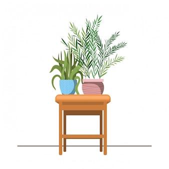 テーブルに鉢植えの観葉植物