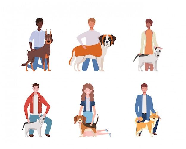 Молодые люди с милыми собаками-талисманами