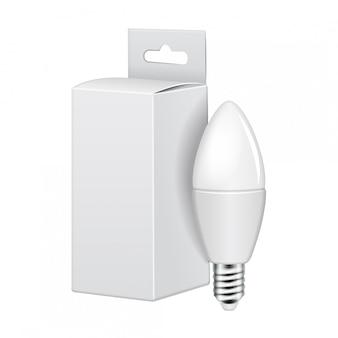 Светодиодная лампа с белой картонной упаковкой.